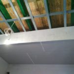 Docieplenie stropu o grubości 35 cm w budynku mieszkalnym we Wrzosowej koło Częstochowy.
